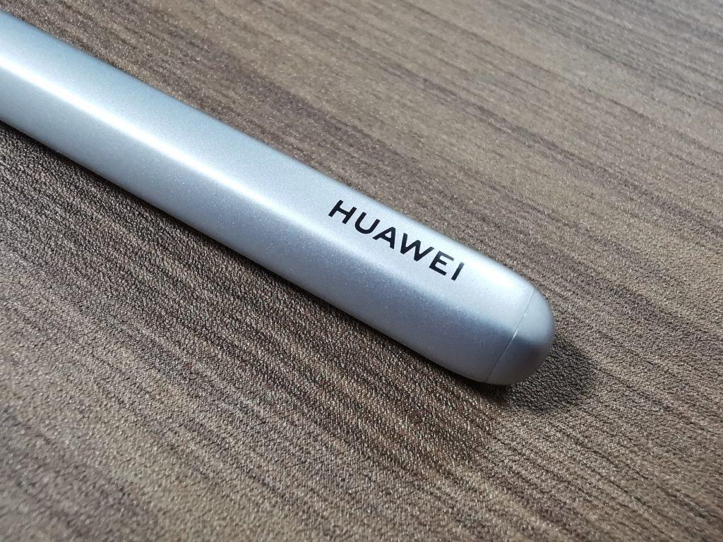 HUAWEIロゴが印字